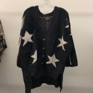 Pol black & white fuzzy star cardigan sz med 69271